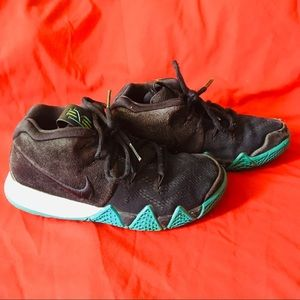 Toddler Nike Kyrie 4 Obsidian Shoes (13.5c)
